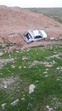 سقوط يك دستگاه پژواز پرتگاه در جاده گلگير به مسجدسليمان 5 مصدوم به جا گذاشت